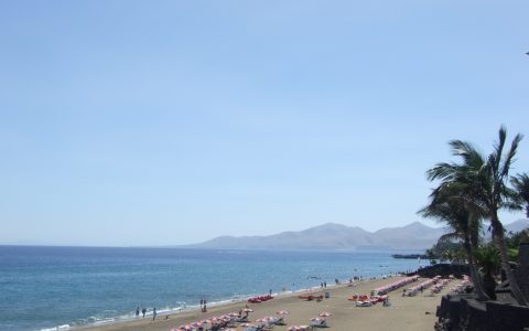 strand bij Playa Blanca
